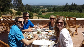 Fog Crest Vineyard - Picnic on the patio with a view