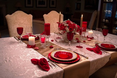 Valentine's Day Tablescape - Fog Crest Vineyard