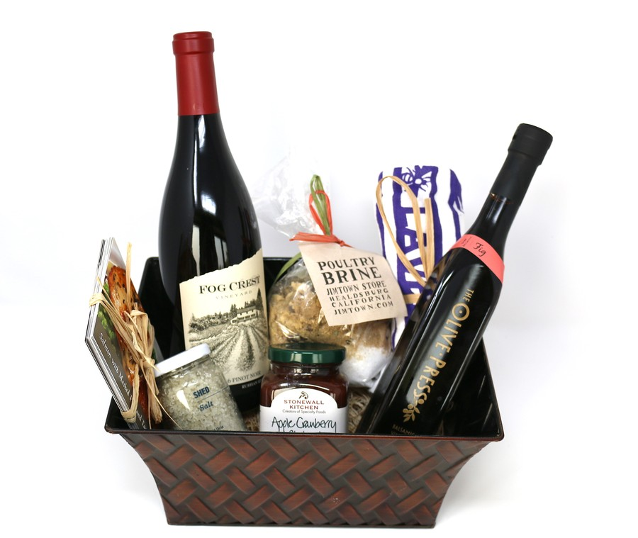 Cook's Gift Basket with Pinot Noir