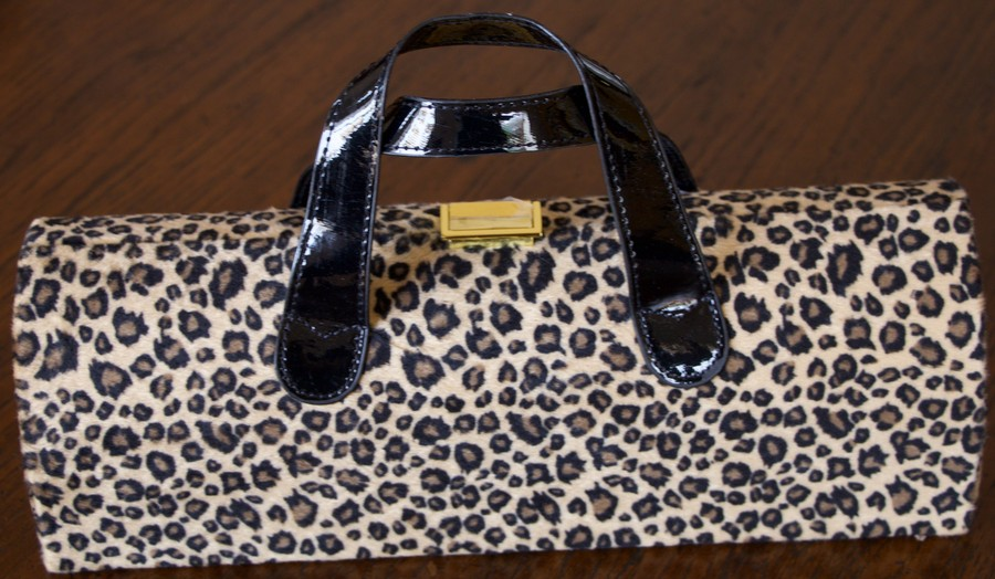 Diva Wine Clutch Cheetah
