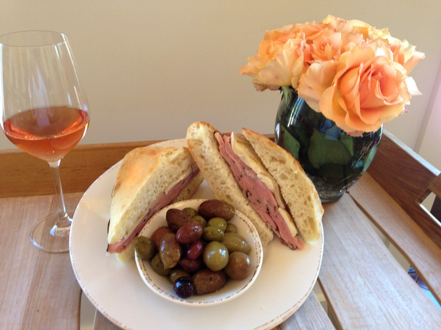 Roast Beef Sandwich w/ Assorted Olives